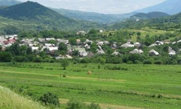 Primarul din Dragomirești continuă să se înfrupte din banii comunei