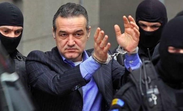 Gigi Becali, sponsor al extremiștilor români