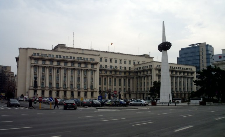 Furată și abuzată de funcționarii ministrului Gabriel Oprea